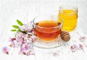 Tipp zum Einschlafen: Tee, Honig, Apfelessig