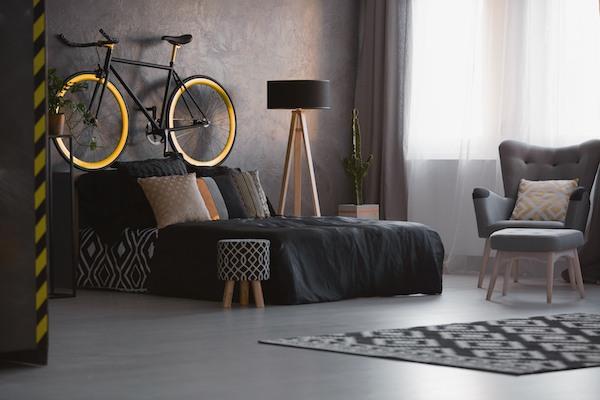 Schlafzimmer Idee Schwarz gelbes Rad